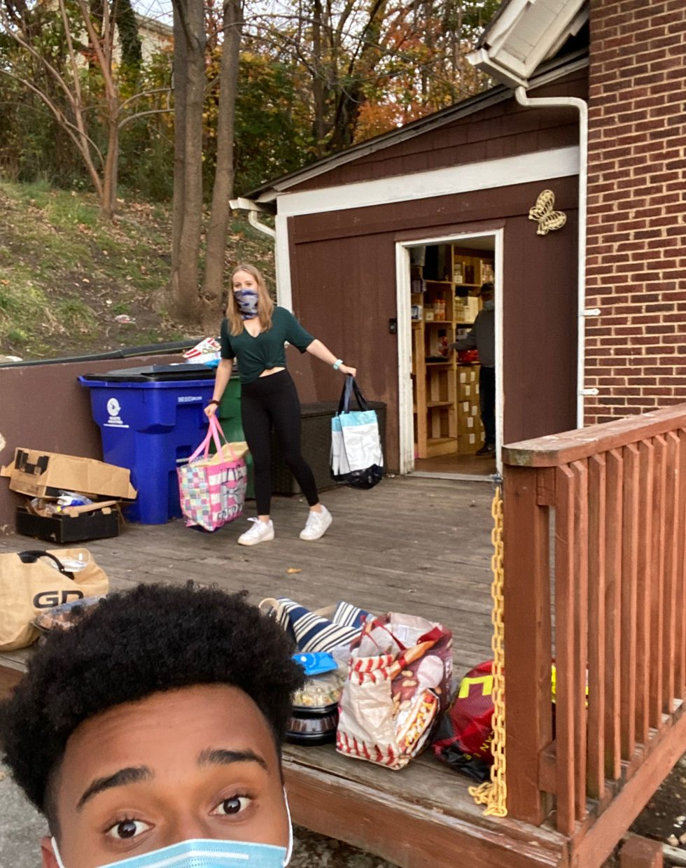 Sophomore Musse Yimer and his friends   encouraged their peers to donate their unused meal...