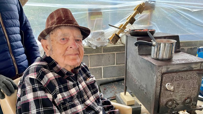 Wythe County's Bob Brackens celebrates 100th birthday with five generations of his family by...
