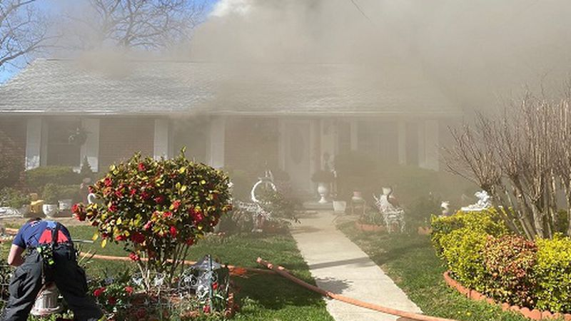 House fire on Victoria Street in Salem