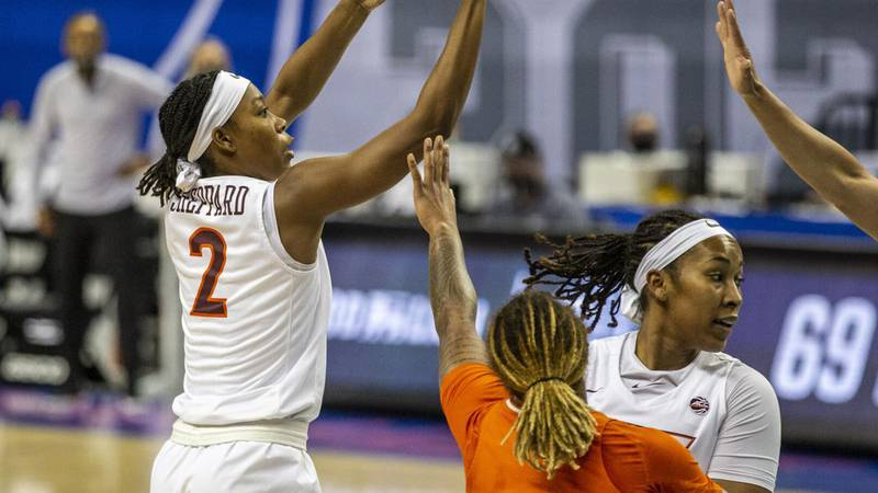 Aisha Sheppard played 12 minutes before leaving with a sprained ankle