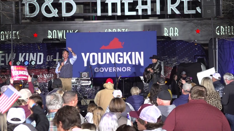 Glenn Youngkin speaking to his supporters at a rally in Blacksburg Wednesday night.