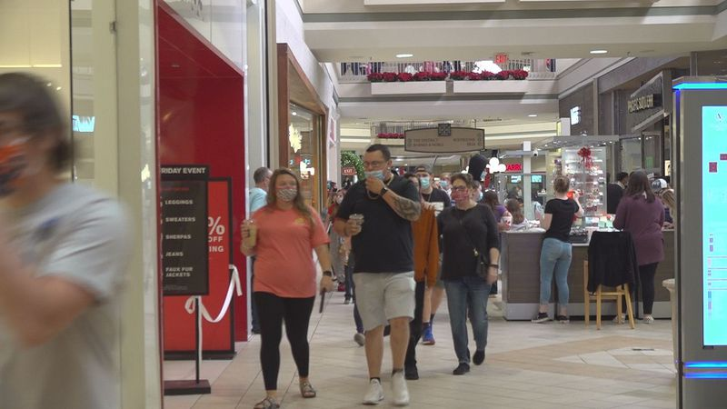 Folks fill Valley View Mall in Roanoke on Black Friday.