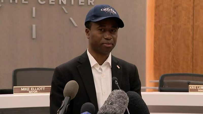 Mayor Mike Elliott said he didn't agree with police using pepper spray, tear gas and paintballs...