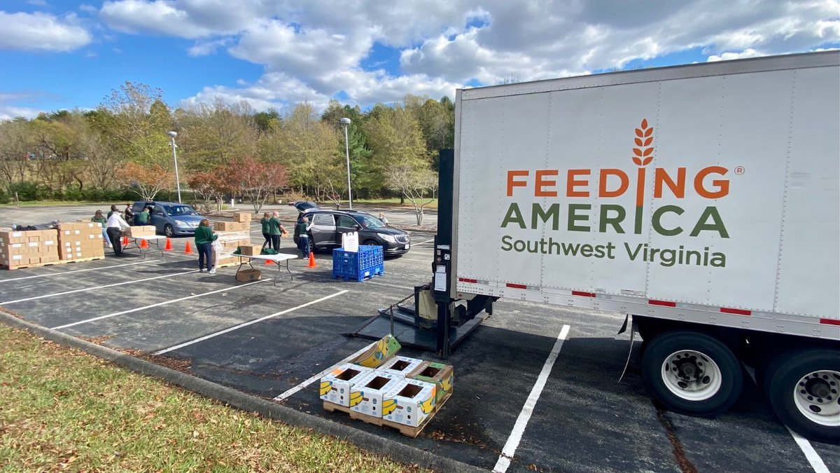 Mobile food distribution events help families throughout southwest Virginia.