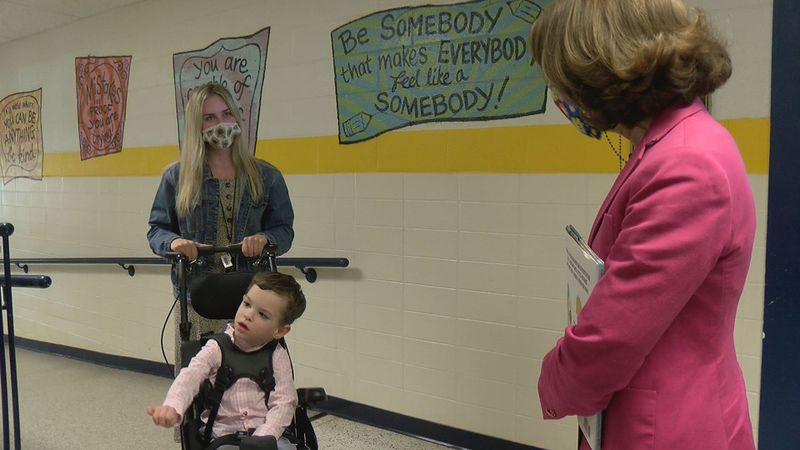 Virginia First Lady Pamela Northam meets with Rocky Mount Elementary students.