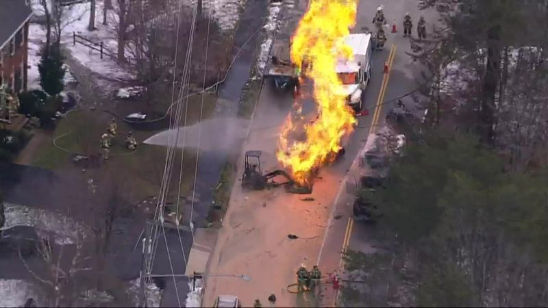 An active gas leak has reportedly injured several workers and set multiple vehicles on fire in...