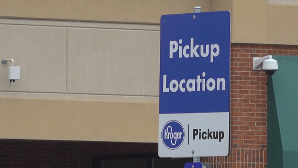 Deputies will utilize grocery pickup services to facilitate delivery to seniors. WDBJ7 photo.